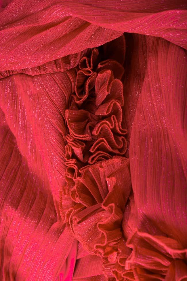 Rochie din voal plisat ornat cu fir lame cu aplicatii brodate manual Soria Maia Ratiu imagine 4