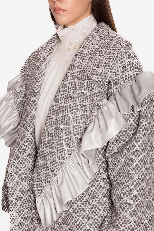 Blazer surdimensionné en laine avec volants en cuir écologique LOOMY image 3