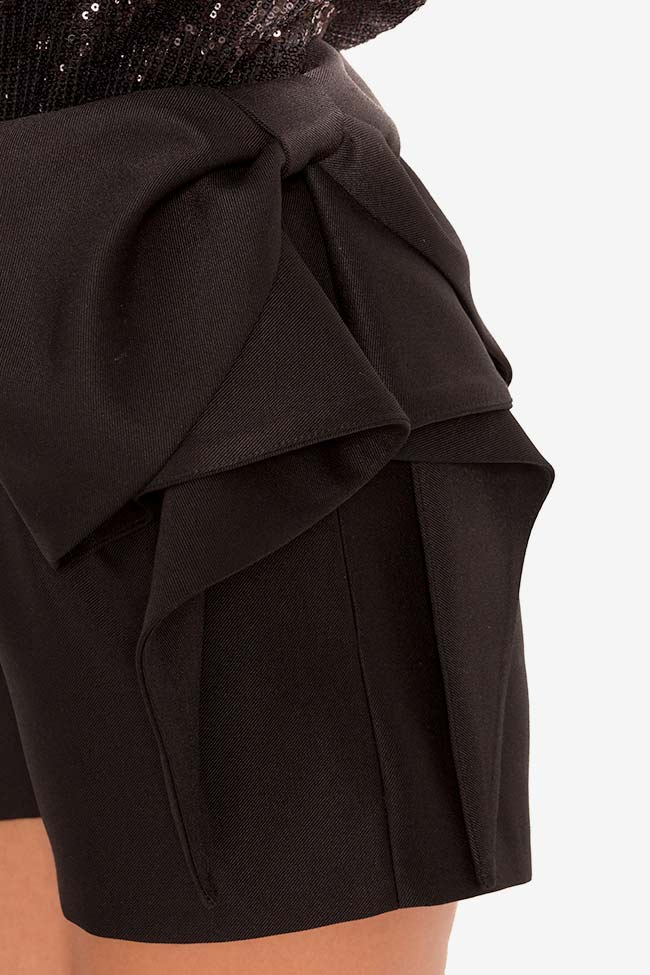Bow-embellished wool-blend shorts Mirela Diaconu  image 3