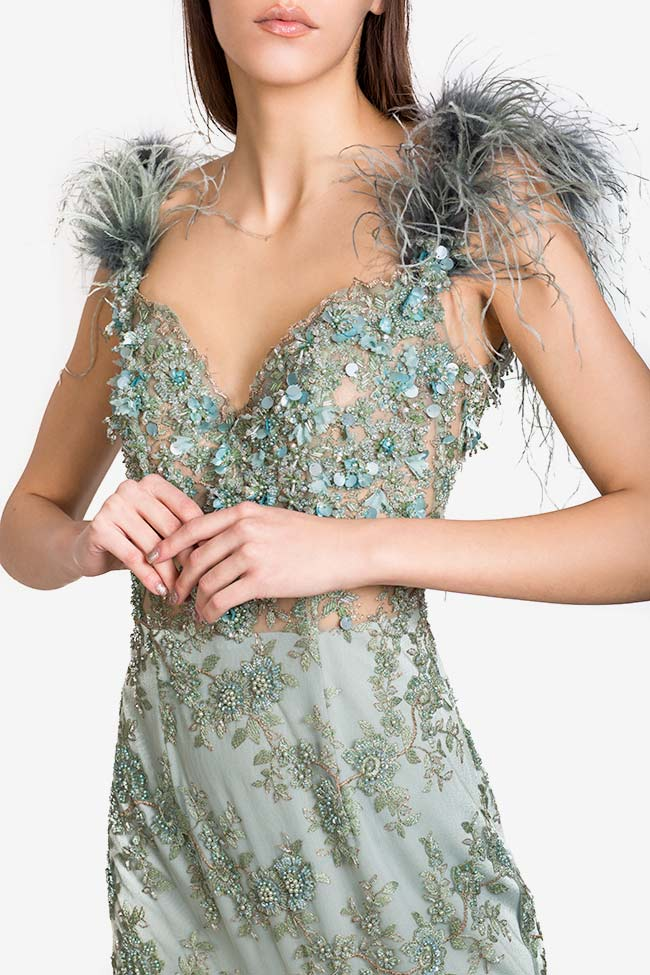 Feather-trimmed embellished tulle gown Alfabeta image 3