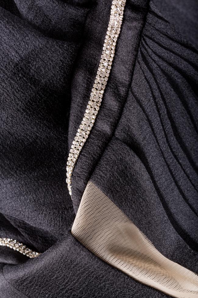 Robe asymétrique en organza et tulle avec applications VIGO image 4