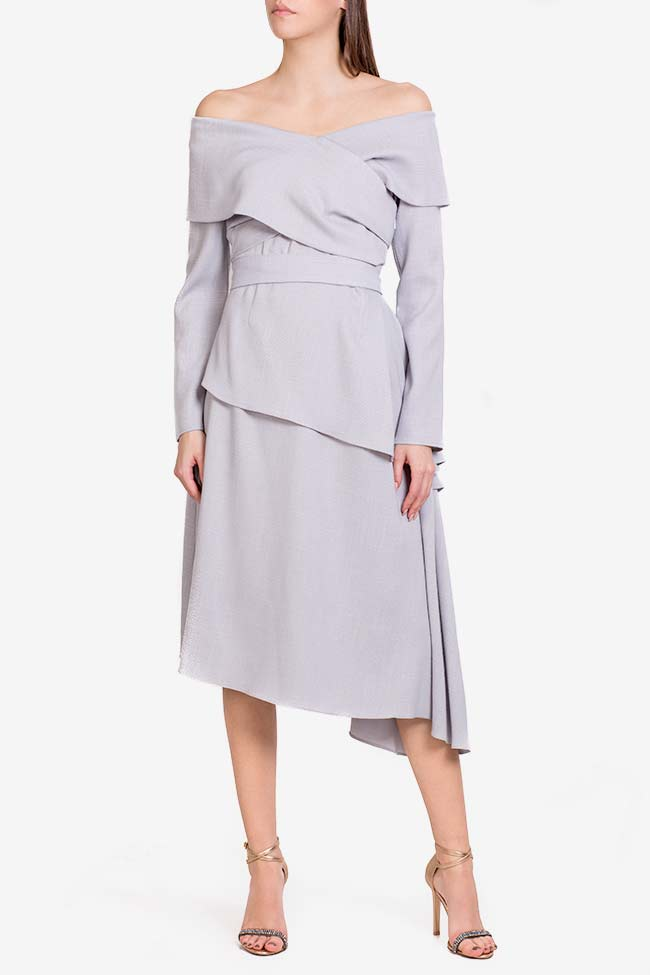 Triangle robe asymétrique avec manches type cape DALB by Mihaela Dulgheru image 1