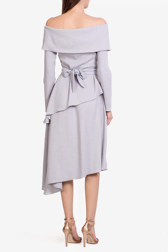 Triangle robe asymétrique avec manches type cape DALB by Mihaela Dulgheru image 2