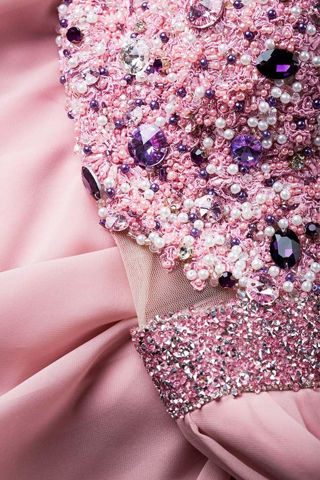 Rochie din voal si dantela cu aplicatii din cristale Swarovski brodate manual Agrieta VIGO imagine 4
