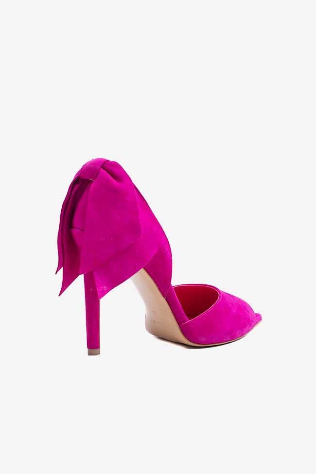 Pantofi din piele intoarsa fucsia cu decupaje si funda Ginissima imagine 1