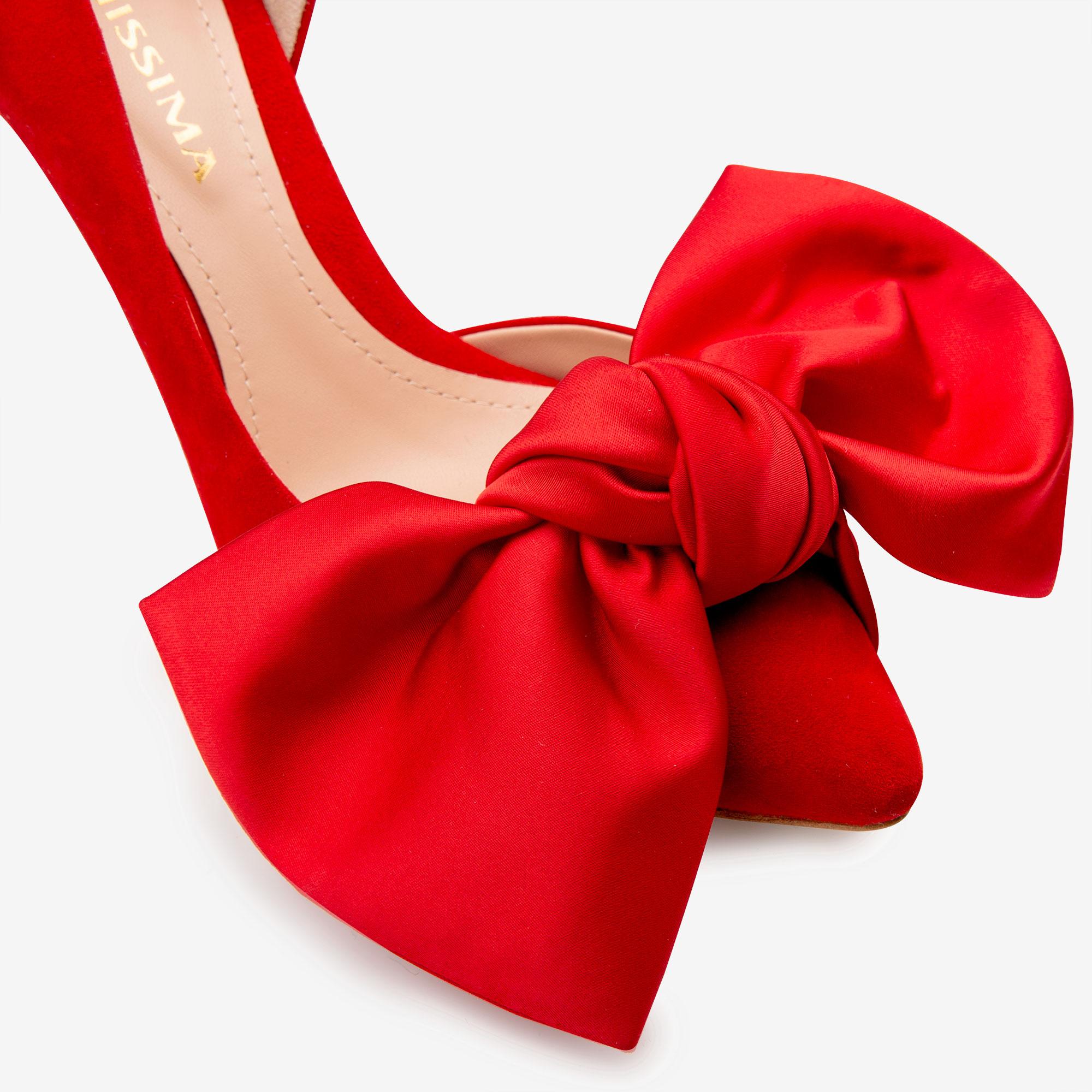 Pantofi din piele intoarsa cu funda rosie supradimensionata Ginissima imagine 4