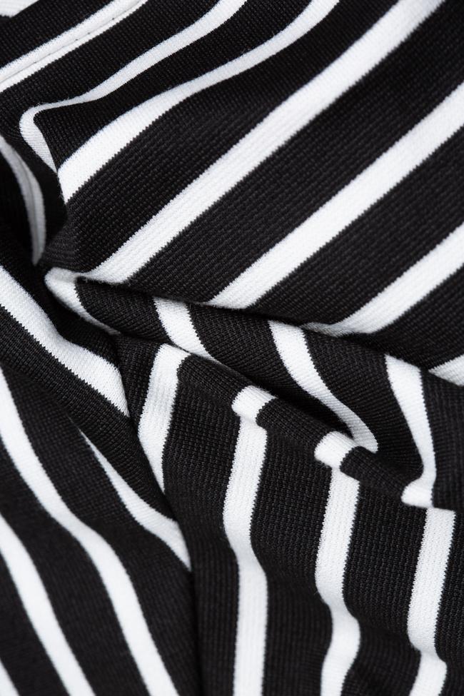 Rochie din viscoza in dungi alb-negre Undress imagine 4