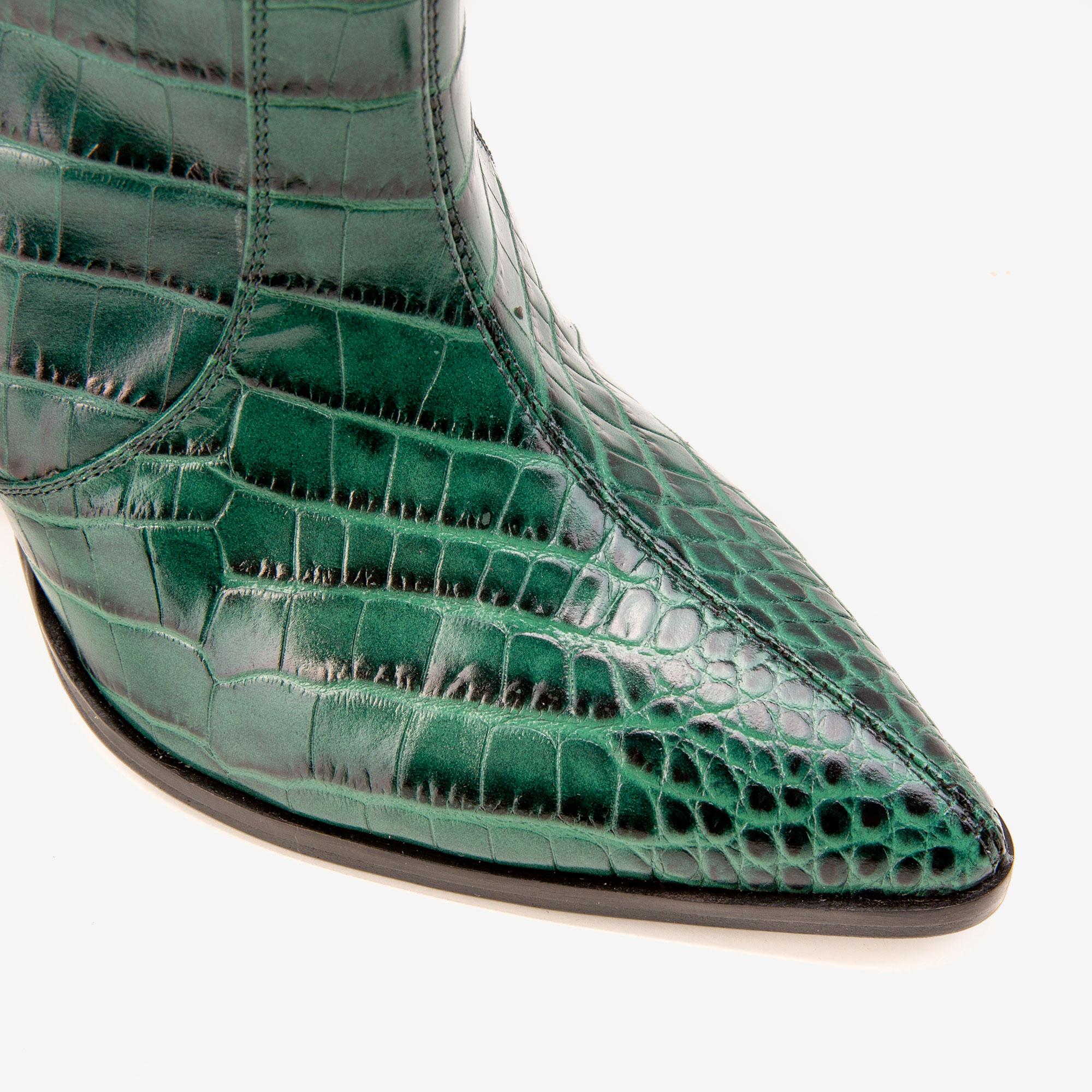 Botine largi din piele verde stantata croco Ginissima imagine 3