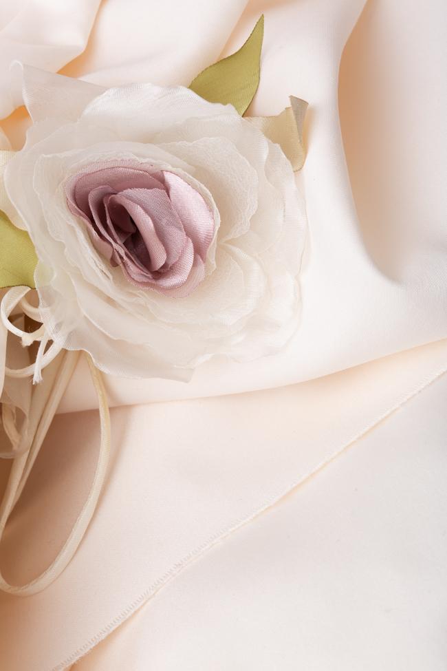 Rochie alba cu corset si trena atasata  Agnes Toma imagine 3