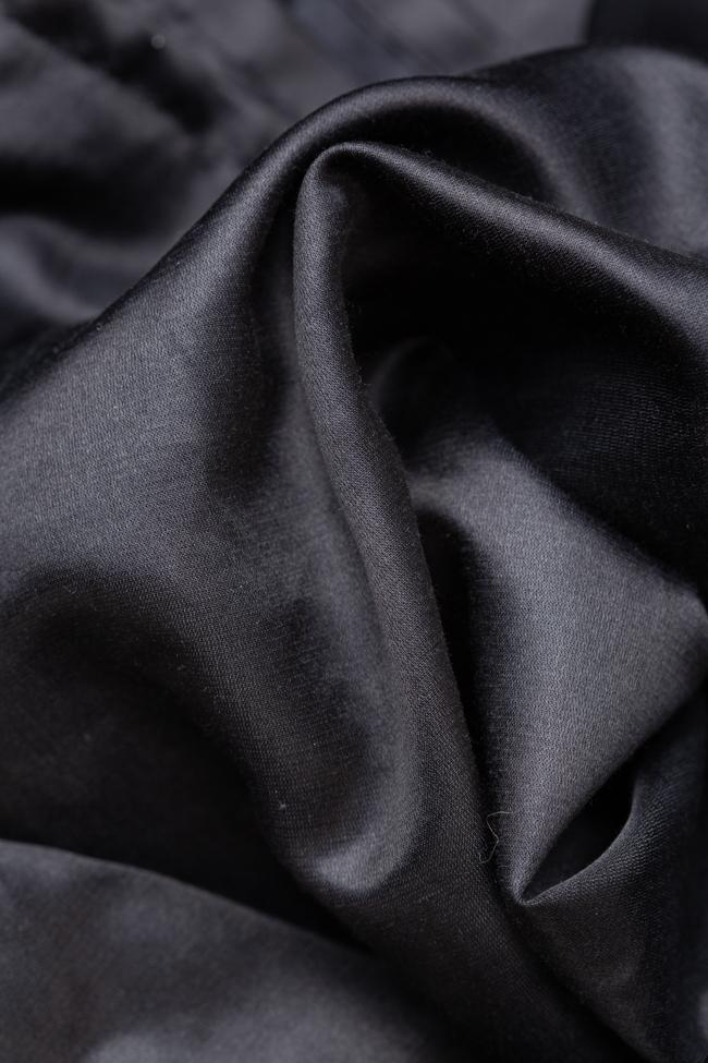 Rochie neagra cu siret pe lateral Adelina Ivan imagine 2